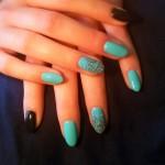 paznokcie-turkusowe